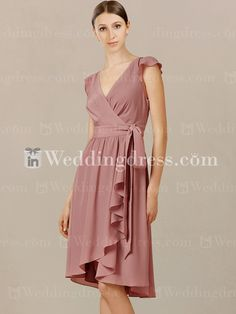 The best online shop to buy custom tailored V-neck summer bridesmaid dresses for your big day.