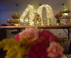 """18 Me gusta, 1 comentarios - Maria del Pilar Núñez Vega (@poshdecobox) en Instagram: """"Celebración 40 años de Maria del Pilar! PH: @wsayala Decoración: @poshdecobox Locación:…"""" Baby Shower, Ph, Crown, Table Decorations, Furniture, Instagram, Home Decor, Events, Weddings"""