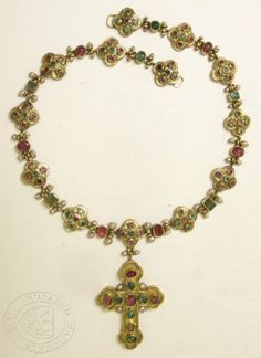 Necklace with Cross, 1470 - 1550, Gold, Emeralds, Rubiesa and Pearls, Chain Length: 42 cm