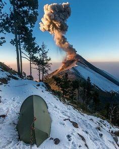 Fuego - 21.04.2017 - photo via Clima Guatemala / Twitter