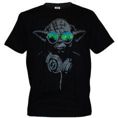 SODAtees DJ Yoda @ turntables Club Men's T-Shirt headphones Star Wars Music Green Shades - Small SODAtees,http://www.amazon.com/dp/B00AEZLLMM/ref=cm_sw_r_pi_dp_qKKkrb0F7A7FA3A1