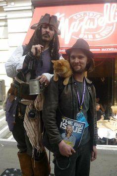 Bob and Johnny Depp Bob und Johnny Depp I Love Cats, Cute Cats, Funny Cats, A Cat Named Bob, Street Cat Bob, Animal Gato, Gato Grande, F2 Savannah Cat, Cat People