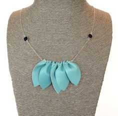 Turquoise leather and silver plated chain necklace Dis Bibisse