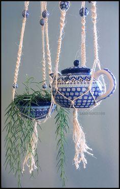 Bunzlau Castle decor. Macrame Plant Hangers, Deco Floral, Polish Pottery, Teapots, Beautiful Hands, House Plants, Stoneware, Blue And White, Hand Painted