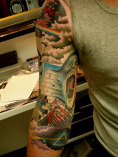 unique tattoo ideas - Pink Floyd sleeve by Kyle Dyhrberg of Sinatras Custom Tattos in Wellington, New Zealand. Creative Tattoos, Unique Tattoos, Beautiful Tattoos, Cool Tattoos, Random Tattoos, Beautiful Body, Best Sleeve Tattoos, Back Tattoos, Arm Tattoos For Guys