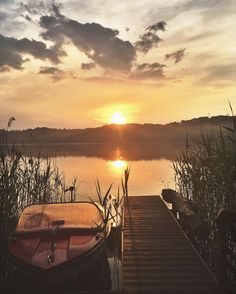 Buckow, Brandenburg // It's always good to have friends with a house at a lake. Especially if that lake is in Brandenburg and it's a paradise like this. Brandenburg is just too beautiful. Don't ever go there, okay? #germany #brandenburg #hiddengems