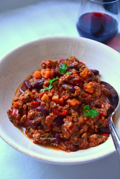 Chili Con Carne http://www.thehealthycook.gr/chili-con-carne-%CF%84%CF%83%CE%AF%CE%BB%CE%B9-%CE%BA%CE%BF%CE%BD-%CE%BA%CE%AC%CF%81%CE%BD%CE%B5/