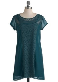 Smack Dab in the Midnight Dress, #ModCloth This looks kind of 20's...?