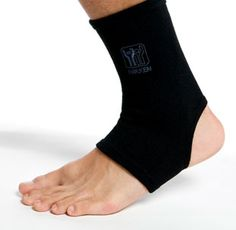 KenkoTherm® Wraps include Far-Infrared Technology for temperature regulation. In a soft, comfortable knit blend, they support and stretch for ease of movement.
