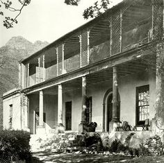 Probably built by a member of the Van Breda family during the century, the house and grounds were at the top of the present day Upper Orange street.The house was demolished during the but the name survives in that of the suburb by the same name. Old Photos, Vintage Photos, Cape Dutch, Knysna, Vernacular Architecture, South African Artists, Old Farm, Most Beautiful Cities, Historical Pictures