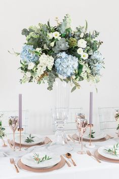 Wedding Tablescape Inspirations Mixing Modern with the Traditional Stunning tall floral centrepiece by Luke and Lottie Floral Desgin Blue Wedding Centerpieces, Wedding Table Centerpieces, Wedding Flower Arrangements, Floral Centerpieces, Wedding Bouquets, Centerpiece Ideas, Tall Floral Arrangements, Blue Wedding Decorations, Vintage Decorations