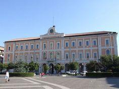 Campobasso Palazzo San Giorgio si illumina di blu per il piccolo Charlie Gard
