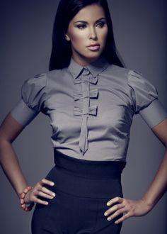 Блузки из шелка (98 фото шелковых блузок): из натурального шелка, с коротким и длинным рукавом, модные тенденции блуз 2017