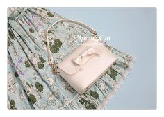 Mumu & Cat   Pearlescent Bag