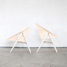 JK. Designermöbel, Höhenverstellbarer Stuhl FROWIN