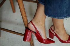 50 Adorable Slingback Heels For A Casual And Refined Look Stiletto Heels, Women's Shoes, Red Shoes, Jeans Shoes, Red Pumps, Jeanne Damas, Jane Birkin, Inspiration Mode, Walk This Way