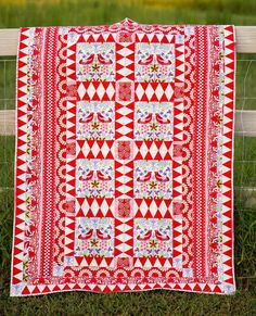 "= free pattern = Finlandia quilt, 44 x 60"", for border fabric by Jane Sassaman for Free Spirit Fabrics | Quilt Inspiration"