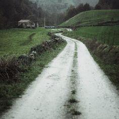 #camino a #vegaDePas desde #selaya #cantabria #spain #landscapes #nature #naturaleza #rural #lluvia #rain
