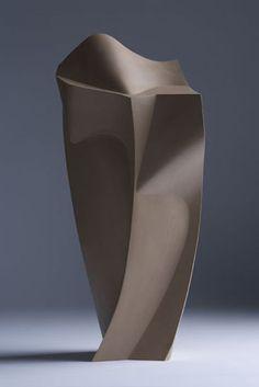 """Gốm sứ bởi Ed Bentley Studiopottery.co.uk - Cắt Vòng 'Một off """"điêu khắc đồ đá gốm tay xây dựng.  Kích thước - 58cm x 29cm x 32cm Giá bán lẻ - £ 900, mảnh này bán:"""