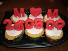Cupcakes con trocitos de chocolate, para celebrar un Aniversario!