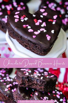 Valentines Baking, Valentines Day Chocolates, Valentine Desserts, Valentines Day Desserts, Valentine Treats, Recipe For Valentine Cookies, No Bake Treats, Yummy Treats, Sweet Treats