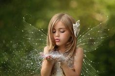Если постоянно ждать чуда, постоянно случается чудо, а если постоянно ждать гадостей, то постоянно случаются гадости. | thePO.ST