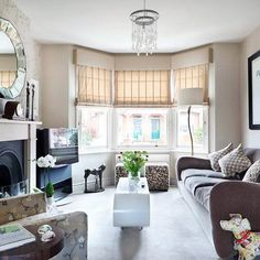 Be inspired by this stunning Victorian semi in Berkshire Living room Living Room Interior, Home Living Room, Living Room Designs, Living Room Decor, Interior Livingroom, Dining Room, Victorian Living Room, Shabby Chic Living Room, Victorian House