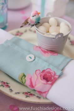 Vintage napkin wrap and favour pail with cute bird embellishment. www.fuschiadesigns.co.uk