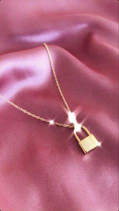 Girls Jewelry, Trendy Jewelry, Cute Jewelry, Luxury Jewelry, Women Jewelry, Trendy Accessories, Jewelry Accessories, Jewelry Design, Designer Jewelry