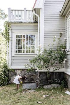 Best Home Architecture Exterior Farmhouse Cottages Ideas Exterior Design, Interior And Exterior, Facade House, House Goals, House Colors, Future House, Building A House, Building Design, Beautiful Homes