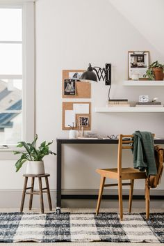 Farmhouse Office Joanna Gaines Magnolia Market Ideas For , Home Office Space, Small Office, Home Office Design, Home Office Furniture, Home Office Decor, Home Decor, Office Ideas, Office Designs, Desk Ideas