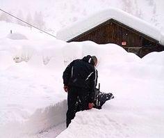 """Cheggio, tre famiglie isolate da mezzo metro di neve: """"Strada chiusa, nessuno ci ha avvisati, e domenica chi scia?"""" - Ossola 24 notizie"""