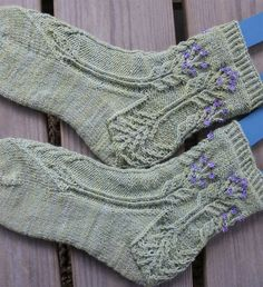 Ravelry: Project Gallery for Hyacinth pattern by Janel Laidman