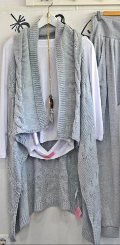 Πλεκτό γιλέκο πιάνει έως Xlarge http://handmadecollectionqueens.com/Πλεκτο-γιλεκο #fashion #women #vest #clothing #storiesforqueens