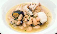 Receta de Alubias blancas con almejas y calamar