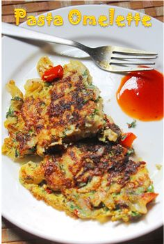 YUMMY TUMMY: Pasta Omelette Recipe - Macaroni Omelette Recipe - Recipes using Leftover Pasta