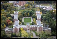 Wellesley College (Killam Fellowships Program) - Exchange (Wellesley, United States). Photo by Philip Greenspun. Source: http://philip.greenspun.com/images/20061019-boston-aerials/wellesley-college-1.tcl