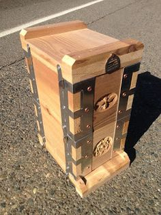 uc davis, eco bee box, albert chubak, bee hive, mini, urban, beekeeping