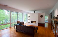 The Frontenac house is highly energy efficient with fiber glass frame triple glazed windows, condensing dryer and a heat pump water heater. Residential Architect, Architect House, Green House Design, Modern House Design, Passive House Design, Passive Solar Homes, Solar House, Energy Efficient Homes, Modern Architecture