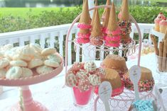 Ice Cream Sundae Party – The Mamanista Sundae Party, Party Party, Shabby Chic Chandelier, Bridal Shower, Baby Shower, Party Places, Ice Cream Party, Chocolate Dipped, Dessert Table