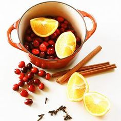 How to make Holiday Stove Top Potpourri Mix