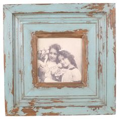 love this distressed wood frame