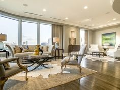 Extraordinary Modern Homes in Dallas | This high-rise condo at 3510 Turtle Creek Boulevard #9C in Uptown Dallas takes modern luxury to the sky with wrap-around windows and sleek modern spaces.
