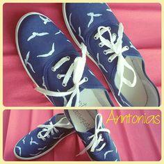 Zapatillas pintadas a mano                                                                                                                                                                                 Más