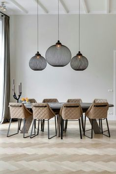 dining room #hanginglights #black