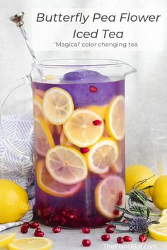 A beautiful herbal iced tea made with the Butterfly Pea flower. Brew it to make a pretty blue drink, and add lemon to watch it change color before your eyes! Butterfly Pea Flower Tea, Blue Drinks, Colorful Drinks, Plant Magic, Tea Plant, Tea Cocktails, Lemon Drink, Citrus Juice, Flower Food