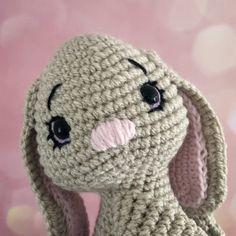 Bunny rabbit curtain tieback crochet pattern – Plumalicious