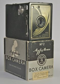 Vintage Camera Ansco 1933 Chicago Worlds Fair Camera - Photography Camera, Vintage Photography, Pregnancy Photography, Portrait Photography, Fashion Photography, Wedding Photography, Antique Cameras, Vintage Cameras, Camera Obscura