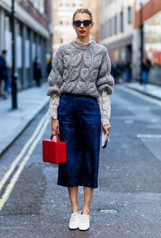 The best street style looks from London Fashion Week autumn/winter 2016 (Top Moda Shoes) Looks Street Style, Looks Style, Style Me, London Fashion Weeks, Mode Chic, Mode Style, Look Fashion, Winter Fashion, Net Fashion