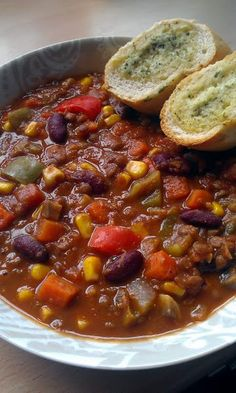 Vickys No Meat Lentil Chilli, Gluten, Dairy, Egg & Soy-Free Recipe - Allthecooks.com
